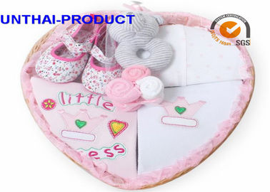 Customized Baby Clothes Gift Set Total 7 Packs With 100% Cotton Material